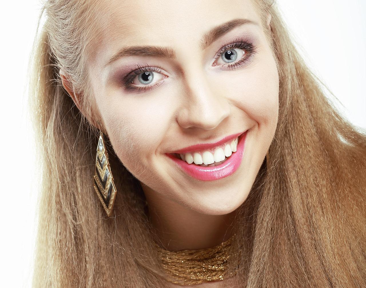 Read more about the article Quel est le taux de remboursement pour des implants dentaires ?