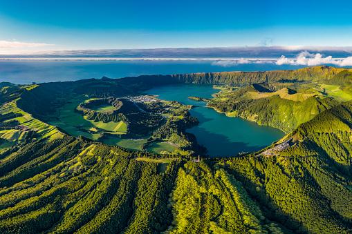 Read more about the article 3 bonnes raisons de vivre aux Açores au Portugal